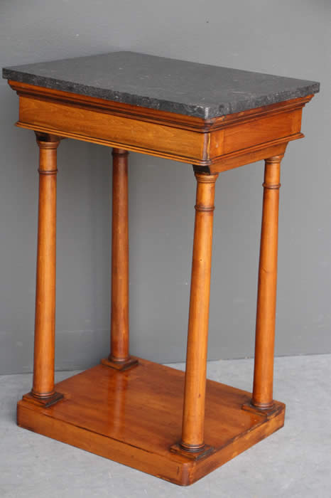 1800-1899 Humble 18th Century Chippendale Mahogany Pembroke Table For Sale